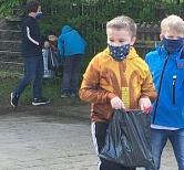Müll sammeln 1©Grundschule Haßbergen